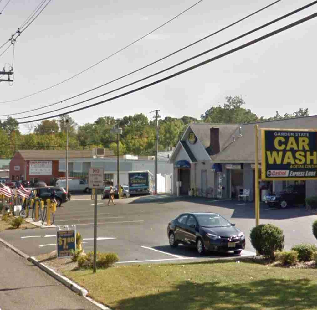 Middletown Garden State Carwash accident