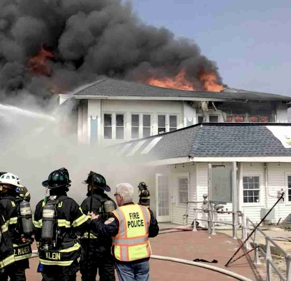 Ocean Grove Dunes Cafe origin boardwalk fire