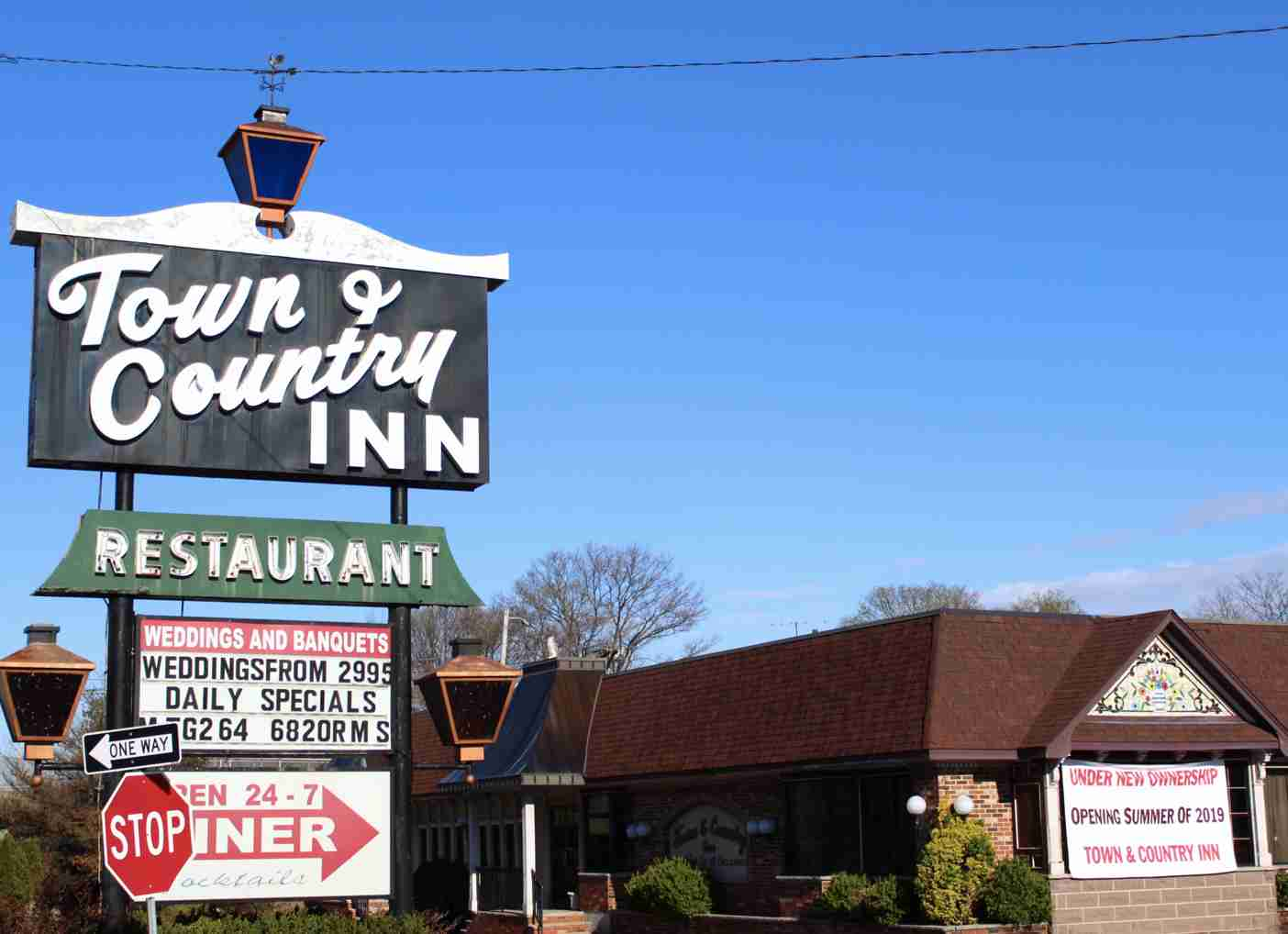 Town & country Inn Opening 2019