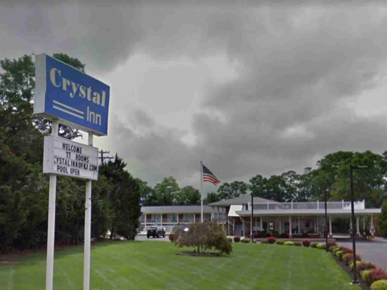 crystal point motel eatontown stabbing