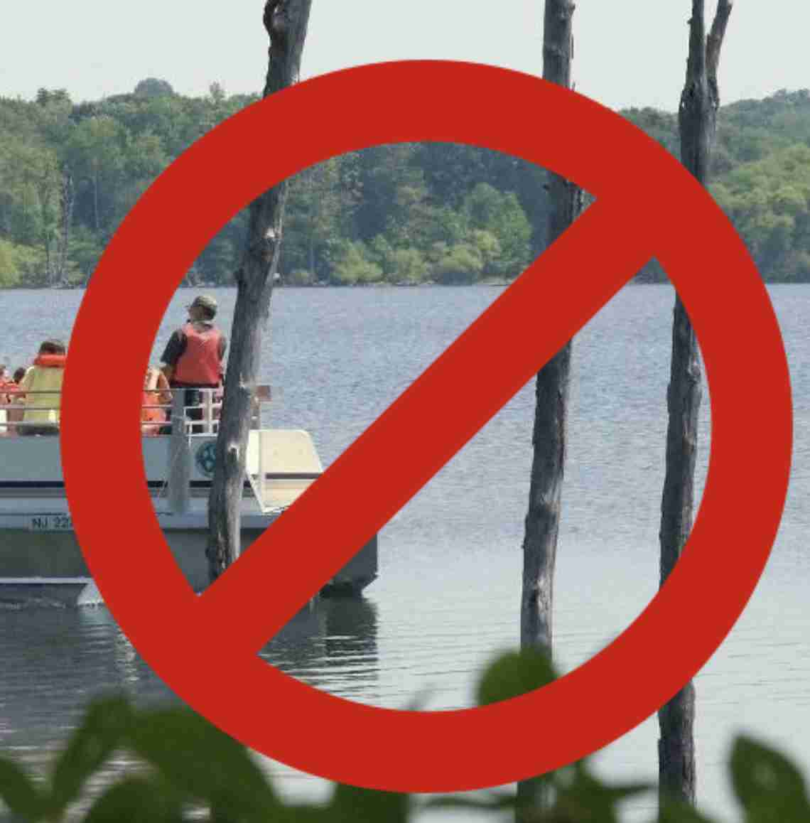Manasquan Reservoir algae contaminated